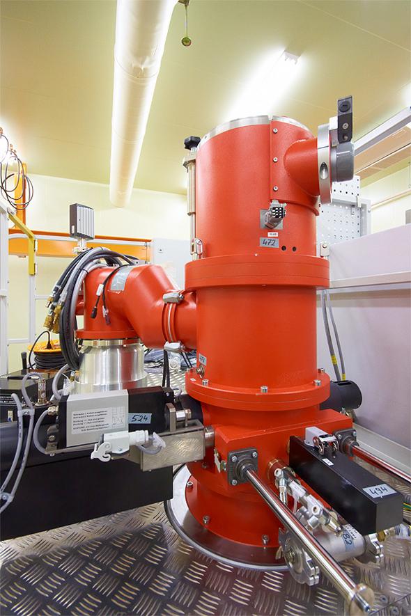 Electron Gun Placed On Kek Electron Beam Welding Machine
