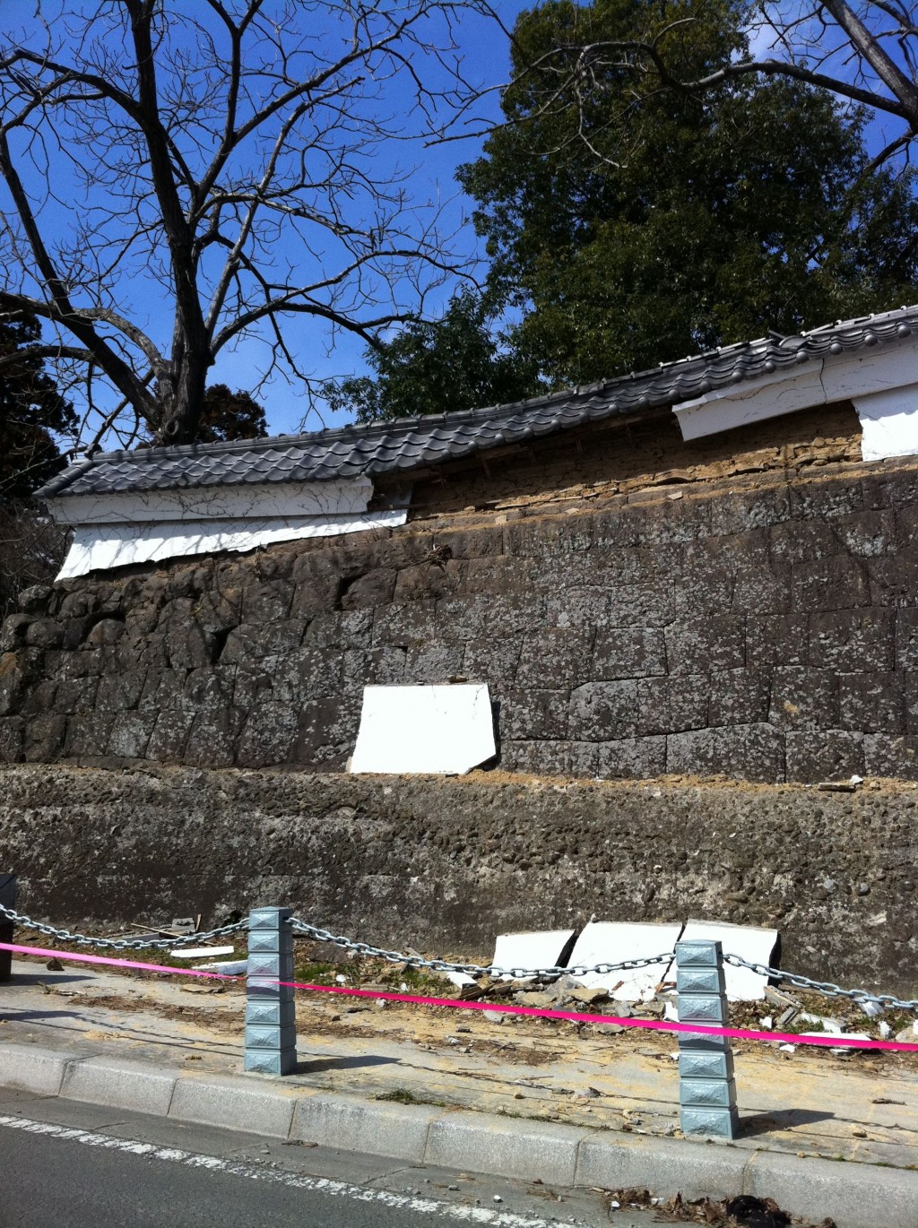 Damage to the walls of Sendai castle after 11 March eartchquake.