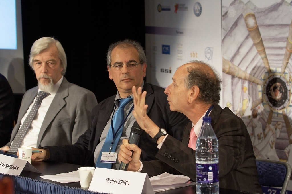 Michel Spiro (right), President of CERN Council, presented the European Strategy for particle physics during the EPS-HEP2011 press conference on 25 July 2011. Also on this photo: Rolf Heuer, CERN's Director General and Stavros Katsanevas (CNRS), centre. Image: LPSC/Tomas Jezo