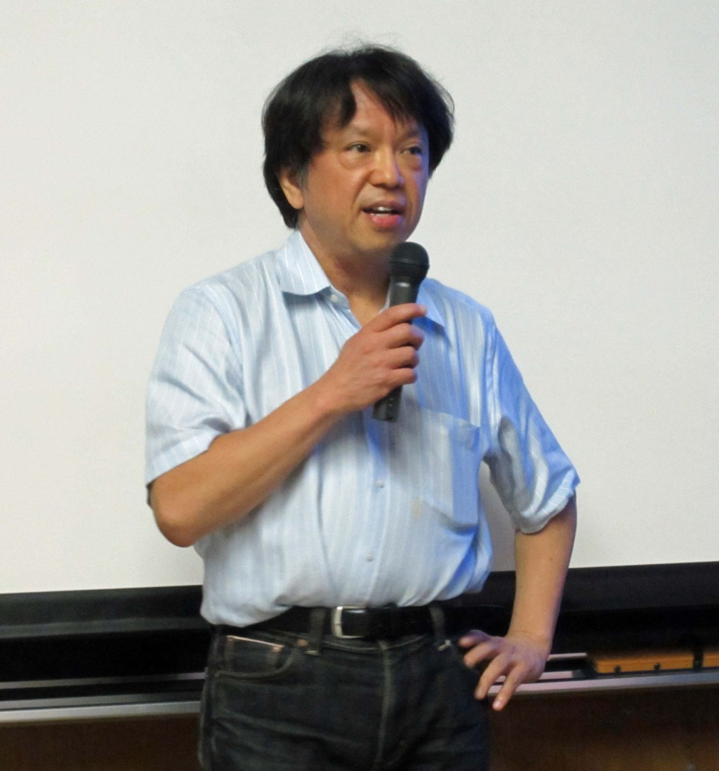 Hitoshi Yamamoto, Tohoku University, introducing the JSPS kickoff workshop