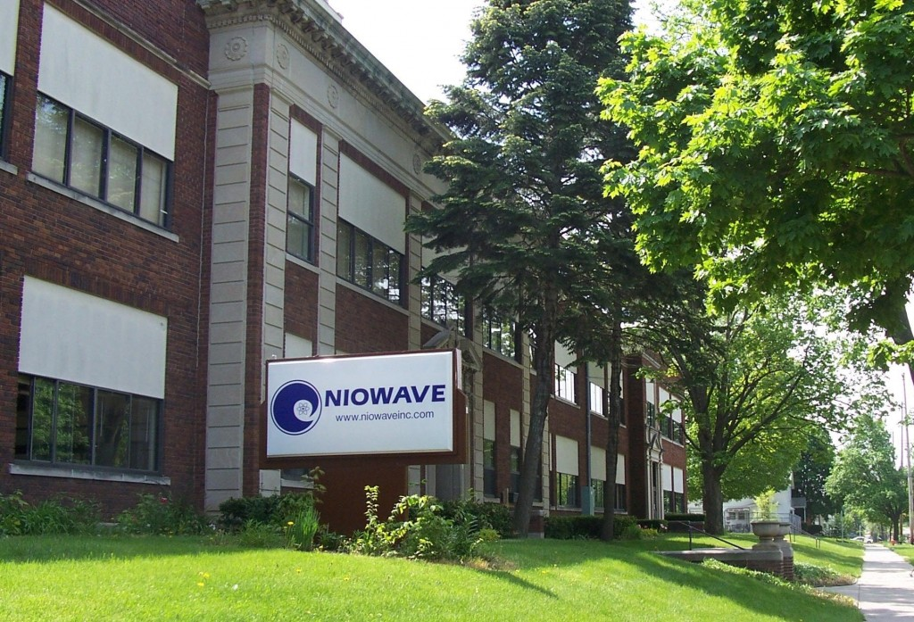 Niowave is housed in a former elementary school in Lansing, Michigan. The research and development of superconducting accelerators takes place in classrooms, offices and lounges – even in the boiler room. The name Niowave is a combination of 'niobium' and 'microwave'. Image: Niowave
