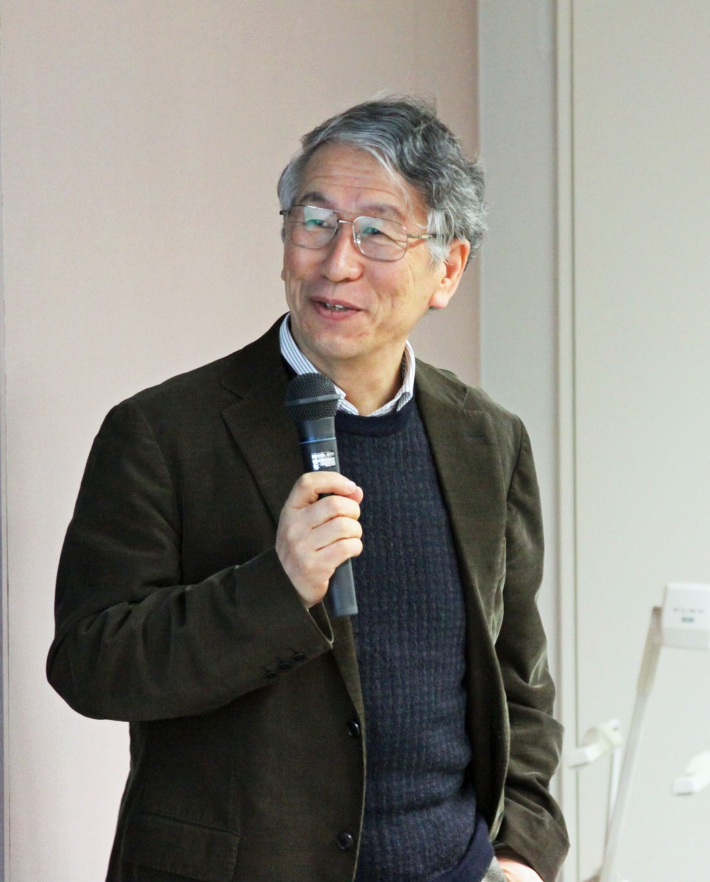 Atsuto Suzuki, KEK director general, addresses the superconducting radiofrequency Baseline Technical Review. Image: ILC