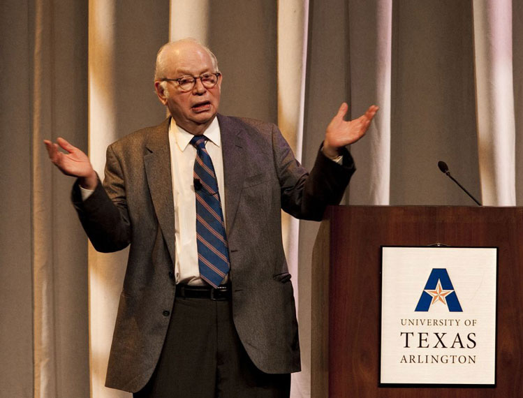 Nobel Prize physicist Steven Weinberg, University of Texas, Austin, giving his public lecture