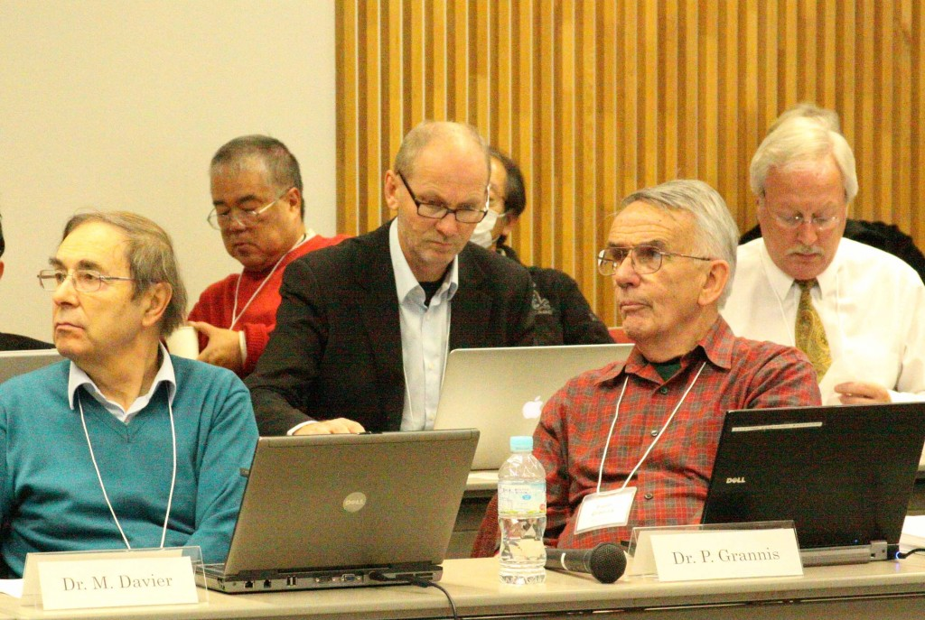 Detector reviewers Michel Davier (IDAG chair) and Paul Grannis