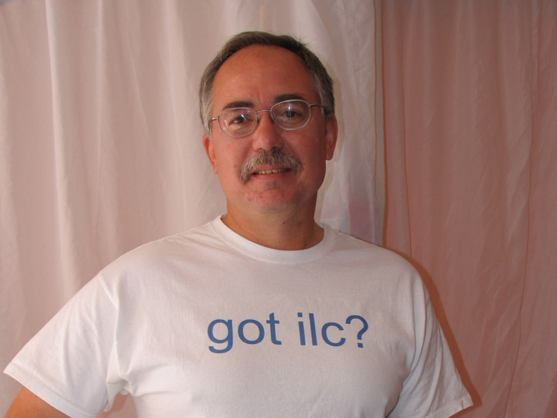 Norman Graf (SLAC), wearing a famous t-shirt during Snowmass workshop in August 2005. Image: ILC