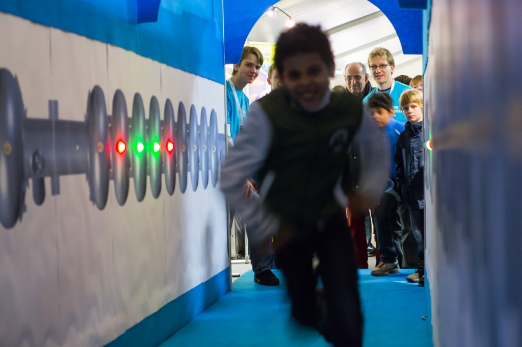 A favourite at the DESY Open Day: an ILC tunnel experience using the traditional acceleration method of running. Image: DESY / Lars Berg
