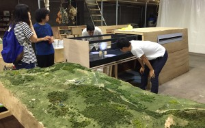 Building 2-meter-long mock up of ILC exhibition at Salone in Roppongi. Image: Rika Takahashi