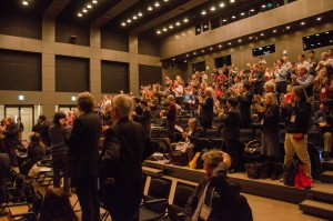 Standing ovations for Hon. Takeo Kawamura's speech by LCWS2016 participants. Image: LCWS2016 LOC