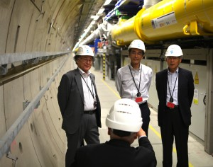 On their visit to CERN and DESY, the civil engineers from Japan also visited the tunnel of the European XFEL. Image: DESY
